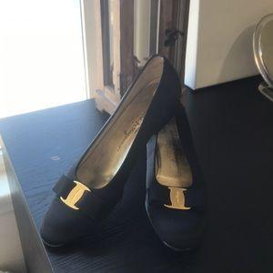 Authentic Ferragamo shoes size 9